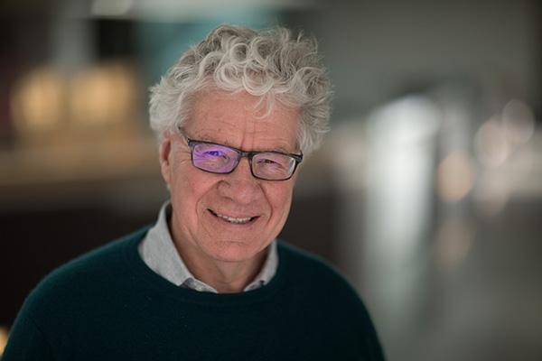 Prof David Sherratt